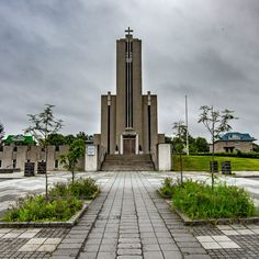 Eight of the most majestic modernist-influenced churches in Iceland Sacred Architecture, Cultural Architecture, Religious Architecture, Education Architecture, Residential Architecture, Old Churches, Place Of Worship, Facade, Building
