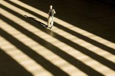 Abbiamo+più+volte+visto+come+è+possibile+dipingere+con+la+luce:+l'uso+sapiente+delle+fonti+luminose+è+in+grado+di+fornire+un'atmosfera+particolare+ad+un'immagine...ma+non+sempre+questo+è+possibile,+soprattutto+quando+la+fonte+luminosa+è+fissa,+come+il+sole.+In+casi+del+genere,+ma+anche+ogni+qual+volta+ce+...