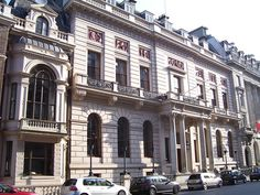 The Oxford and Cambridge Club is at 71-77 Pall Mall. The clubhouse was designed for the membership by architect Sir Robert Smirke and completed towards the end of 1837, founded for members of the universities of Oxford and Cambridge. In 1989, the club's Crown lease was extended until 2087, and major refurbishment of the accommodation was carried out in 1996