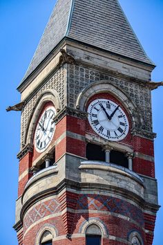 Cool Clocks, Street Lamp, Telling Time, Wall Treatments, Lanterns, Cool Designs, Street Lights, Architecture, Towers
