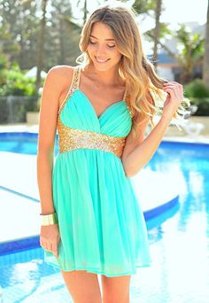 Sexy Crossover Strap Backless Deep V-Neck Sequins Chiffon Prom / Homecoming Dress on Luulla