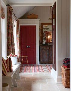 gorgeous red door