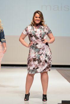 247 melhores imagens de Look Plus size   Plus size dresses, Casual ... ad697873d3