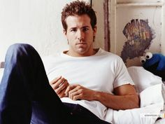 "Ryan Reynolds: if only I could come home and see him on my bed and he'd say ""hey girl, want a neck massage?"""