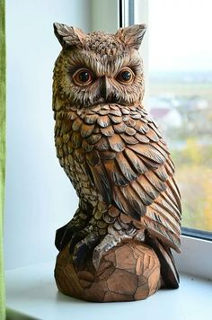 If you are looking for some ideas to have any wooden sculpture any soon, you need to have a look at these Realistic Handmade Wooden Animal Sculptures. Chainsaw Wood Carving, Dremel Wood Carving, Wood Carving Art, Driftwood Sculpture, Sculpture Art, Wooden Sculptures, Whittling Wood, Tree Carving, Wood Carving Patterns