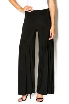 Pull-on black palazzo pants withfront pockets and a pleated bottom that offers a lot of movement. All year round pant with a really nice drape. Palazzo Pants by Last Tango. Clothing - Bottoms - Pants & Leggings - Flare & Wide Leg California