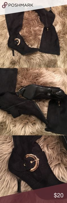 Guess boots Guess boots - worn - good condition - worn out heel as shown in the picture GUESS Shoes Winter & Rain Boots