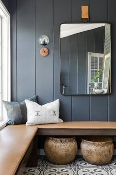 I keep thinking about how to add built in bench seating / hang space into our living room or den. Love the idea of little nooks to hang throughout the house Beach Cottage Style, Beach House Decor, Coastal Style, Beach Cottage Bedrooms, Coastal Bedrooms, Coastal Living, Interior Minimalista, Built In Bench, Small Bench