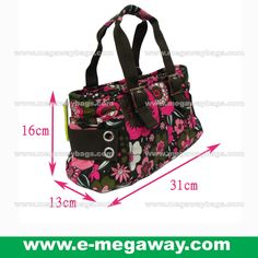 #Beauty #Skincare #Cosmetic #Amenity #Gifts #Free #Souvenir #Work #Padded #Cooler #Bag #Food #Ice-Cream #Butter #Hot-dog #Sandwiches #Promotion #Store #Lunch #Box #Takeaway #Buyaway #Megaway #MegawayBags #CC-1389, Luxury, Bags & Wallets on Carousell