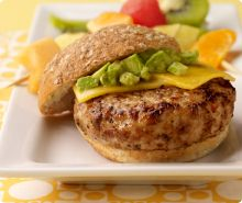 Diabetic Avocado Turkey Burger Recipe from Diabetic Gourmet Magazine, plus many more recipes for a healthy diabetic diet. Turkey Burger Recipes, Turkey Burgers, Healthy Snacks, Healthy Eating, Healthy Recipes, Enchiladas, Pesto, Guacamole, Clean Eating