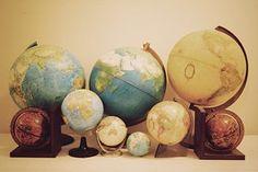 Viajar é a maneira mais agradável, menos prática e mais custosa de instruir-se.