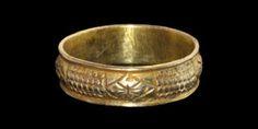 Gold finger ring, Europe, ca 15th century