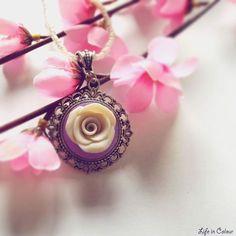 cammeo rosa bianca, Life in Colour Design #polymerclay #fimo www.lifeincolour.it
