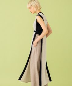 WASHIニットワンピース(1 IVORY): WOMEN|UNITED TOKYO ONLINE STORE Remake Clothes, Fashion Beauty, Womens Fashion, Fashion Trends, Do It Yourself Fashion, College Fashion, Knitting Designs, Her Style, Knitwear