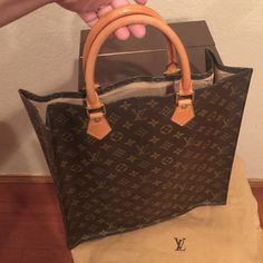 Authentic  LV Sac Plat Stunning piece!! In amazing condition! Trades  DO NOT ASK Louis Vuitton Bags