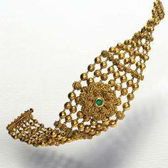 #AZVA #BridalGold #WeddingVows #Jewellery Gold Temple Jewellery, India Jewelry, Gold Jewellery Design, Gold Jewelry, Gold Bangle Bracelet, Gold Bangles, Bracelets, Gold Necklace, Ladies Bangles