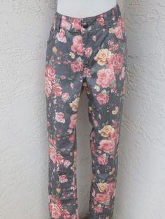Lane-Bryant-size-14-gray-denim-floral-skinny-jeans-NEW