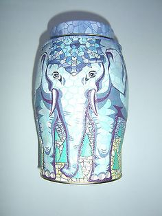 WILLIAMSON TEA ELEPHANT CADDY 20 EARL GREY & BLUE FLOWER -  STAINED GLASS