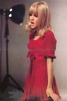 Sylvie Vartan- Oh the Hair!