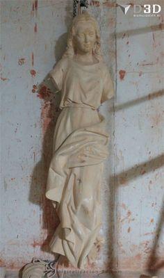 Fresado en madera de la Virgen