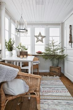 Farmhouse Christmas touches