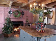 beth's country primitive home decor Primitive Living Room, Primitive Homes, Primitive Kitchen, Country Primitive, Prim Decor, Country Decor, Primitive Decor, Kitchen Artwork, Colonial Kitchen