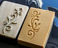 pasito a pasito - step by step: How to customize your homemade soaps with a homemade soap stamp