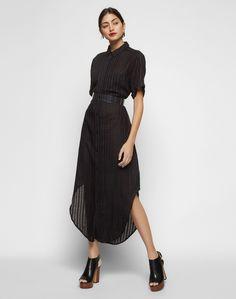 NEUW - Shirt-Kleid. Legere und Chic zugleich: das tonal gestaltete Kleid von Neuw. Ein monochromer Streifen-Look covert die relaxte Shirt-Silhouette. Passend dazu runden Hemdkragen und durchgehende Knopfleiste den Style ab.