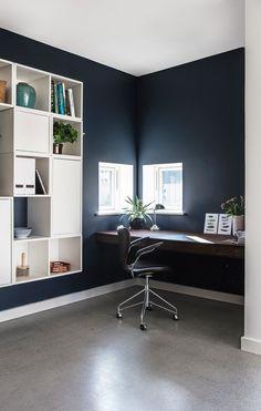 Asymmetri i balance House Colors, Corner Desk, Balance, Set Design, Space, Inspiration, Furniture, Home Decor, Corner Table