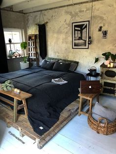 Spectacular Industrial Bedroom Decor Ideas The bedroom is finished, perfect. A masculine bedroom doesn't mean a dark and enchanting room with lots of artificial illumination and walls in deep c… Decoration Bedroom, Home Decor Bedroom, Bedroom Furniture, Bedroom Ideas, Grey Furniture, Furniture Design, Bedroom Inspo, Bed Ideas, Pallet Furniture