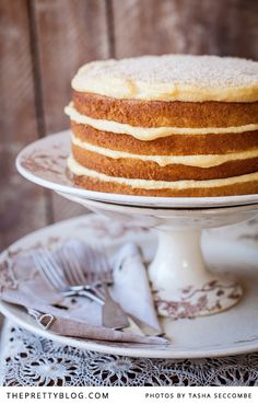 One of my favorite cakes from my childhood: sponge cake topped with a whipped custard frosting and toasted coconut. Just heavenly! Baking Recipes, Cake Recipes, Dessert Recipes, Custard Recipes, Baking Ideas, Just Desserts, Delicious Desserts, Yummy Food, Cupcakes