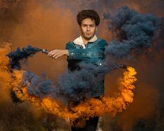 Eines der coolen Bilder aus dem Rauchshooting mit dem lieben Fernando. Mehr Bilder findest du auf meinem Instagram Account: michellecolombo___ und auf www.photodreamrs.com Portrait, Painting, Instagram, Art, Cool Pictures, Art Background, Headshot Photography, Painting Art, Kunst