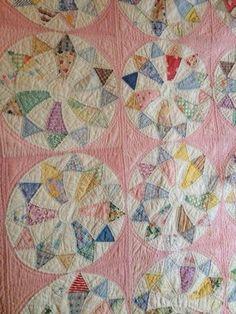 Ta Dah!: Vintage quilt at sew-fest | Vintage, Double wedding rings ... : vintage quilt blocks - Adamdwight.com