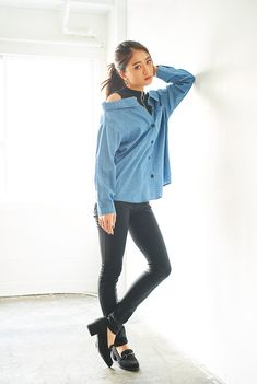 Denim, Model, Jackets, Twitter, Tops, Fashion, Down Jackets, Moda, Jeans