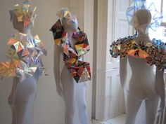 Fred Butler shows her Spring/Summer 10 collection of iridescent neck ruffs, origami scarves and vibrant head pieces at London Fashion Week. Geometric Fashion, Geometric Jewelry, A Level Textiles, Gcse Art Sketchbook, Fred, Crazy Patchwork, Body Adornment, Shape Art, Weird Fashion