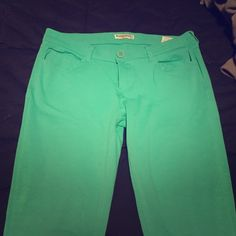 Kelly green cotton jeggings Worn once. Thick cotton material, almost terry cloth. Very stretchy. Right like leggings but more like pants. Tag says XL but fits like large. Pants Leggings