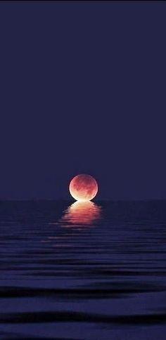 When the moon kisses the ocean!