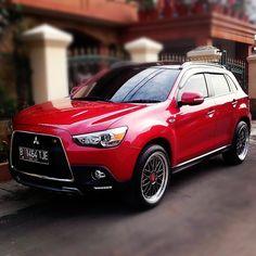 Modifikasi Mitsubishi Outlander Sport Merah