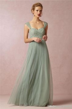 I found some amazing stuff, open it to learn more! Don't wait:http://m.dhgate.com/product/2013-fall-beach-chiffon-bridesmaid-dresses/172055747.html
