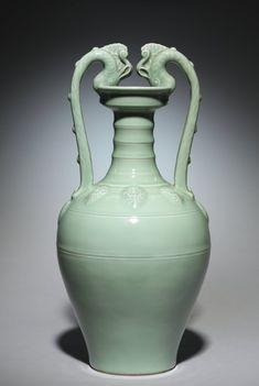 Amphora Vase, 1723-1735 China, Jiangxi province, Jingdezhen, Qing dynasty (1644-1912), Yongzheng mark and period (1723-1735) porcelain with celadon glaze, Cleveland Museum of Art