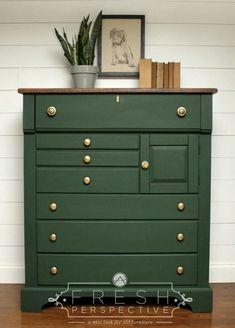 Cool Furniture Inspiration – My Life Spot Green Painted Furniture, Painted Bedroom Furniture, Refurbished Furniture, Upcycled Furniture, Cheap Furniture, Furniture Makeover, Painted Dressers, Furniture Design, Repainting Furniture