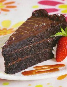Como hacer una riquisima torta húmeda de chocolate | Solountip.com