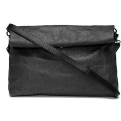 Yoins Black Kraftpaper Folded Design Across Body Bags (2.160 RUB) ❤ liked on Polyvore featuring bags, handbags, shoulder bags, yoins, black, fold over shoulder bag, cross body, crossbody shoulder bags, fold over crossbody purse and foldover purse