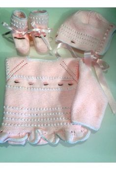 Conjunto bebe rosa http://www.suenodehadas.com/tienda/index.php?route=product/product&manufacturer_id=24&product_id=574