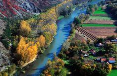 Centralna Srbija - reka Ibar i tvrđava Maglić Amazing Places, Beautiful Places, Camel Coat, Serbian, Macedonia, Albania, Slovenia, Rivers, Lakes