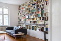 Bücherregal nach Maß in Kunststoff weiß