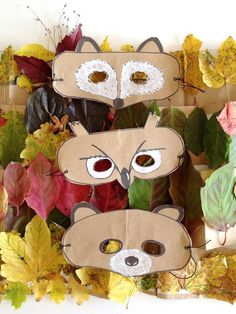 DIY Leaf Crowns and Animal Masks ⋆ Handmade Charlotte Celebrate fall with this crafty collection of nature-inspired costumes for kids! Kids Crafts, Summer Crafts For Kids, Fall Crafts, Animal Masks For Kids, Mask For Kids, Gold Leaf Crown, Gold Bridal Crowns, Diy Crown, Forest Friends