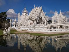 White temple in Chiang Rai | The World in Pictures