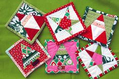 """Christmas mug rugs with paper piecing! """"The fronts were foundation pieced… Christmas Mug Rugs, Christmas Coasters, Christmas Fabric, Christmas Projects, Christmas Crafts, Christmas Ornaments, Christmas Christmas, Christmas Quilting, Quilted Coasters"""