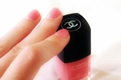 vernis a ongles chanel - Google Search